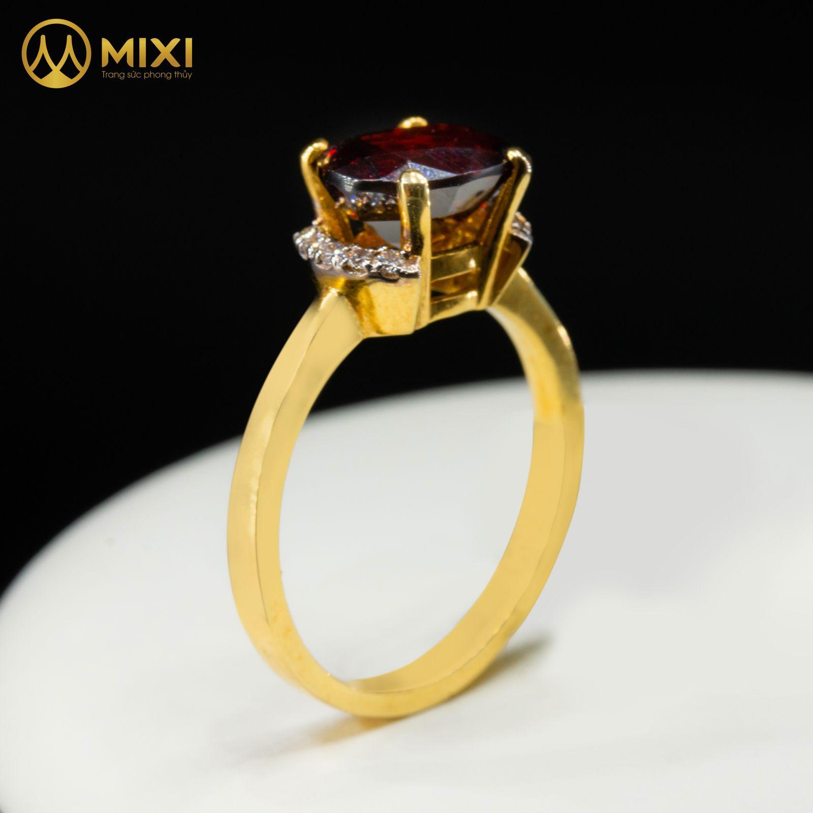 Nhẫn Nữ Mặt Đá Granat Vàng 10K