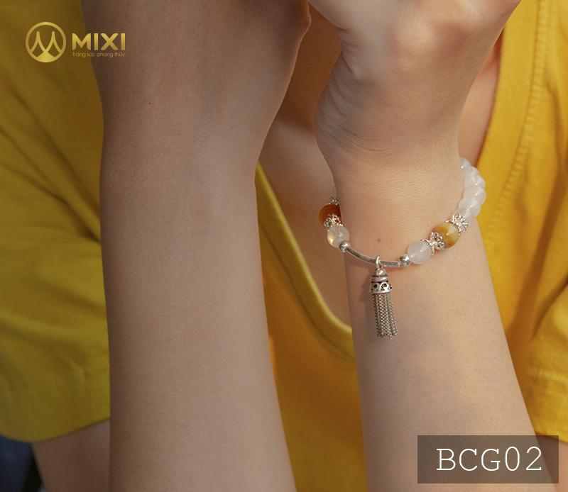 Vòng Tay Đá Mặt Trăng 1A 8 Mix Charm Chuông Gió Bạc 925 BCG02
