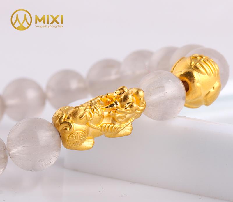 Vòng Tay Đá Thạch Anh Tóc Trắng 2A 10 Mix Charm Tỳ Hưu Tài Lộc Vàng 24k 18  VTH1801
